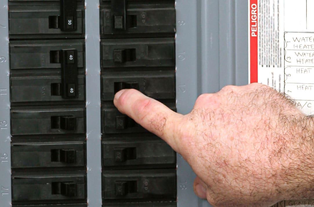 Hot Shot Electric Breaker Box