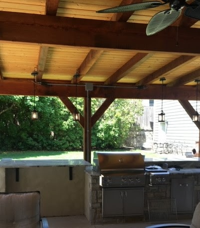 Hot Shot Electric Outdoor Kitchen, Lights and fans
